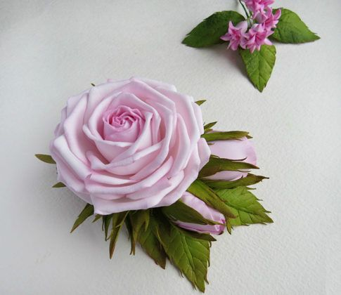 Оживляем цветы с помощью фоамирана: что это такое, и как материал используется для рукоделия