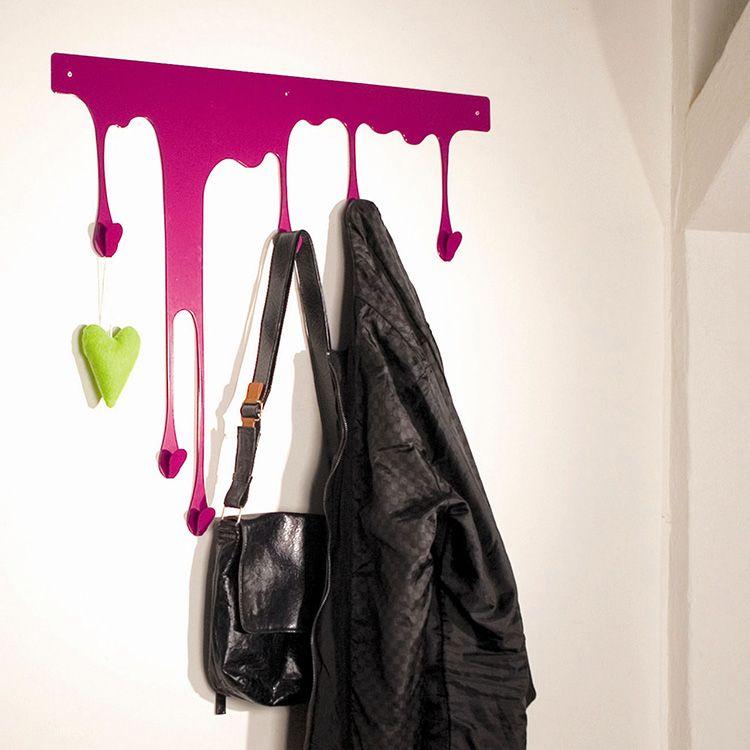 Нескучная и практичная вешалка на стену