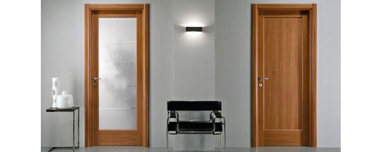 Двери с ламинатиновым покрытием очень похожи на деревянные