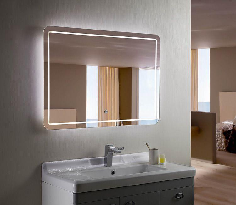 Стекло – отличное решение для ванных комнат. Такой раме не страшны влага и пыль. Его можно мыть, однако, оно довольно хрупкое.