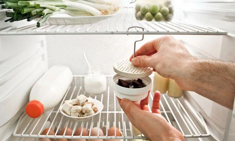 Иногда в качестве ароматизатора может выступить обычный тёртый шоколад. Специальные подвесные фильтры помогут распространить запах и не привлечь внимание тех домочадцев, кто не прочь полакомиться сладостями