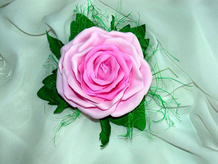 Роза — самый популярный в мире цветок, символизирующий любовь