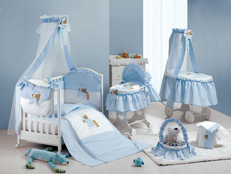 Балдахин может стать частью интерьера детской комнаты. Можно использовать разные балдахины для люльки и кроватки, выполненные в одном стиле