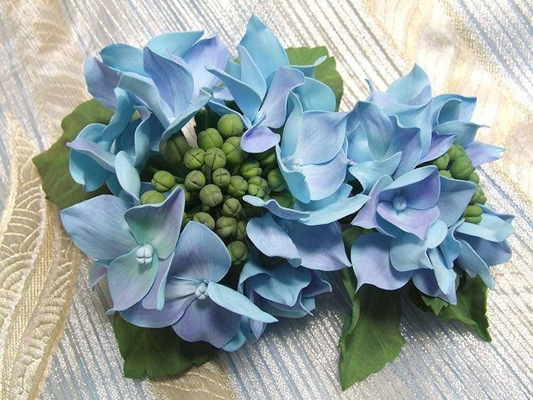 Цветок из искусственной замши будет радовать вас круглый год, кроме того, вы сможете выбрать любой оттенок под ваш интерьер