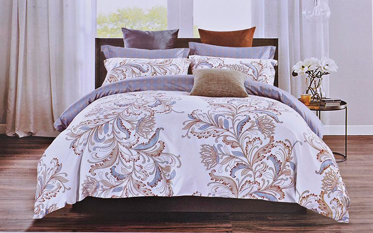 Это самые габаритные по размерам наборы белья для сна. Они предназначены в основном для кроватей от 180 см в ширину