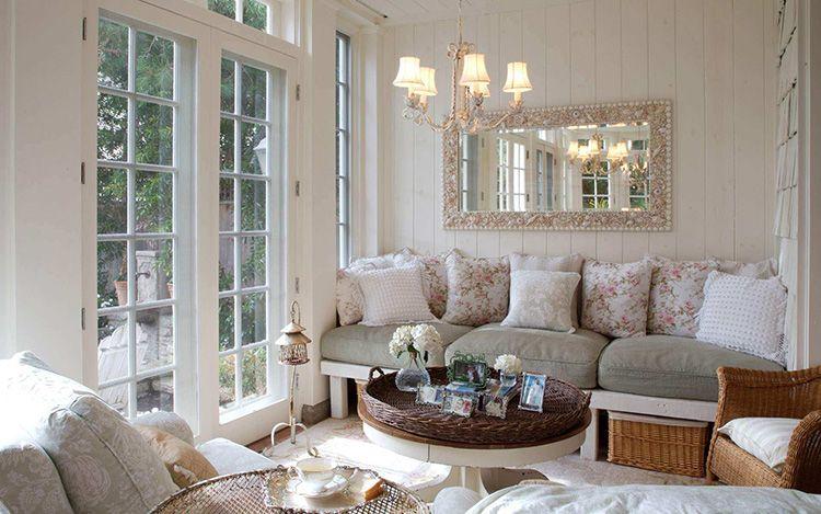 Окна-двери обеспечат доступ в комнату большого количества солнечного света
