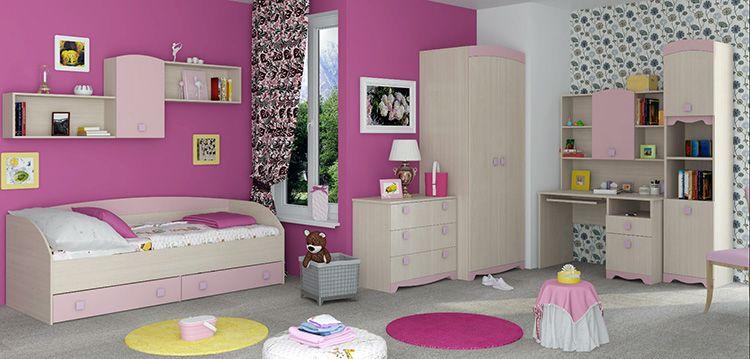 Стандартный набор мебели для детской комнаты девочки