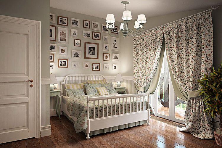 Окно-дверь в прованской спальне желательно устанавливать из натуральной древесины, но допускается и металлопластик
