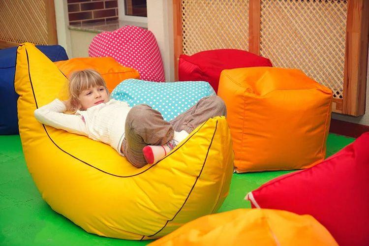 Мягкая бескаркасная мебель для маленькой детской комнаты для девочек
