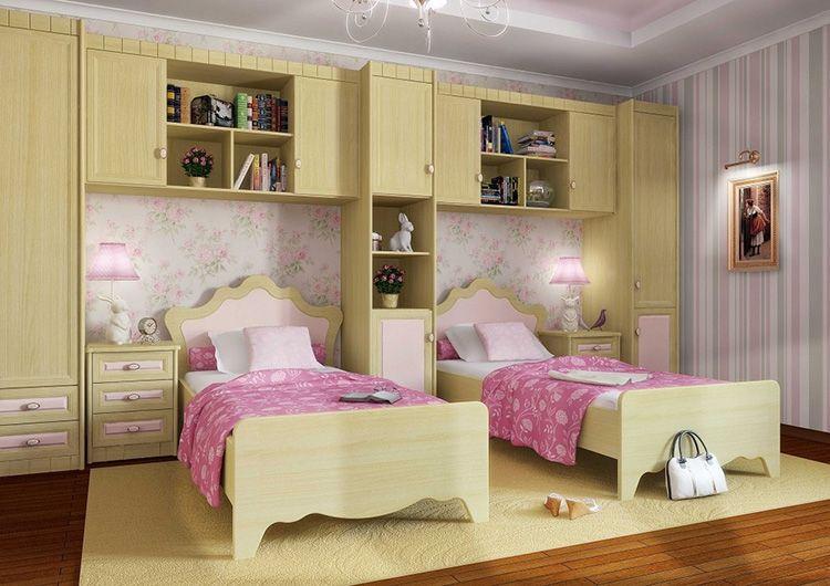 В детской комнате должен быть только необходимый набор мебели