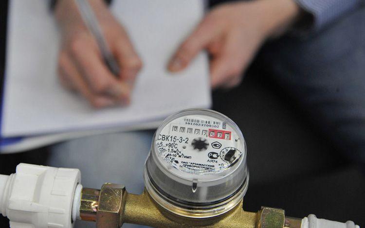 По царапинам или сколам на счетчике можно визуально определить: использовался магнит или нет