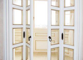 Экономия и комфорт: выбираем складные межкомнатные двери-книжку, фото в интерьере и каталог с ценами