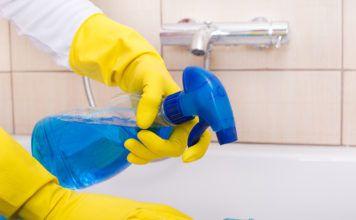 Эффективные и запрещенные средства: как и чем лучше мыть акриловую ванну в домашних условиях