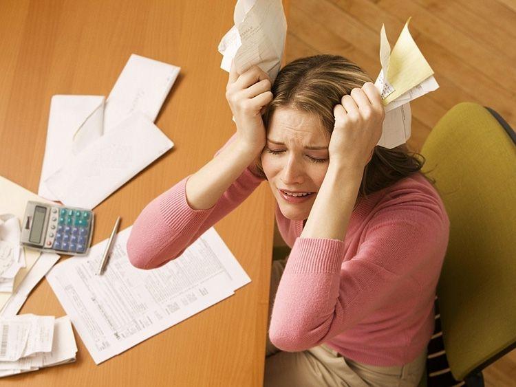 Если долг за коммунальные услуги слишком большой, то можно обратиться в управляющую компанию с просьбой о рассрочки платежа.