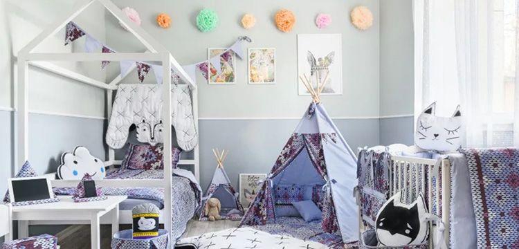 Некоторые дизайнеры предлагают готовые детские с использованием не только тканных, но и вязанных конструкций и элементов декора