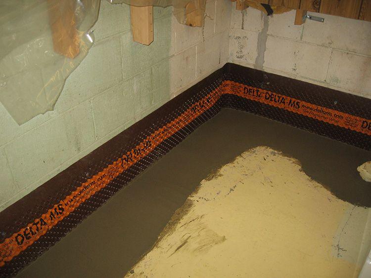 Гидроизоляция поможет победить сырость в подвале