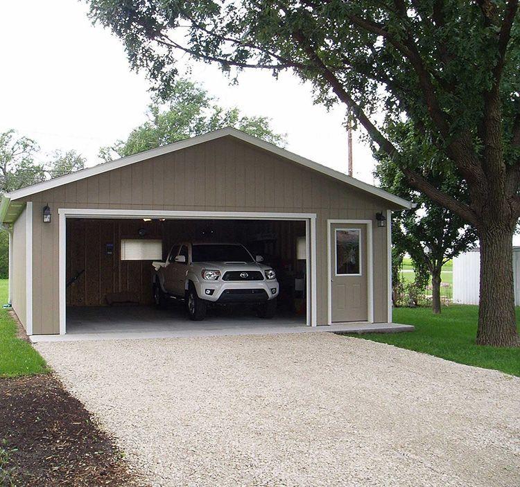 Для возведения гаража потребуется несколько дней