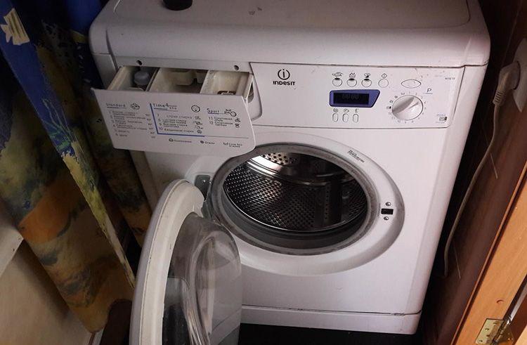 Электронный блок – слабое место стиральных машин Indesit