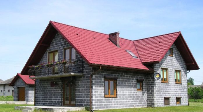 Дом из шлакоблока: стоит ли возводить?