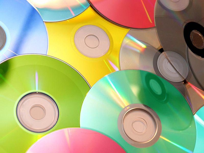 Поделки из дисков - 58 фото идей изделий сделанных своими руками