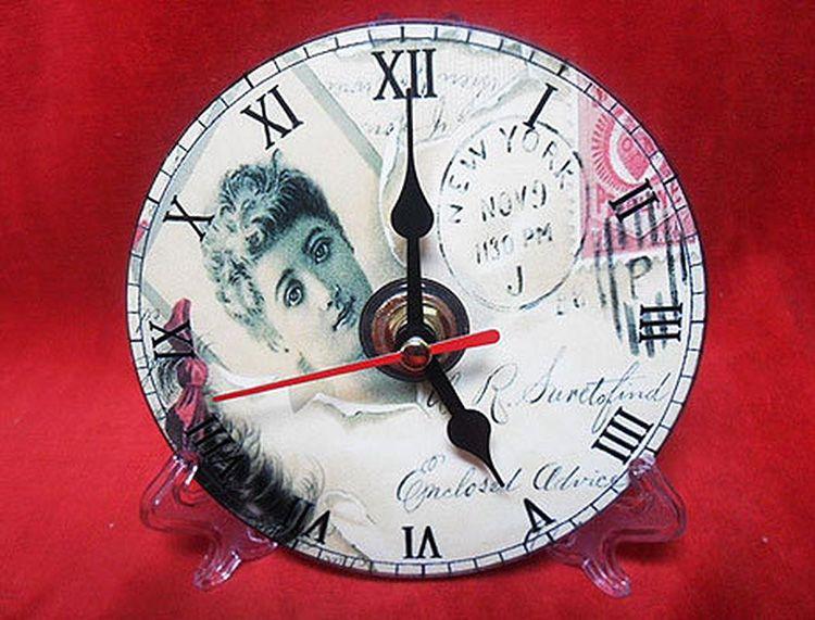 Альтернативный вариант оформления часов.