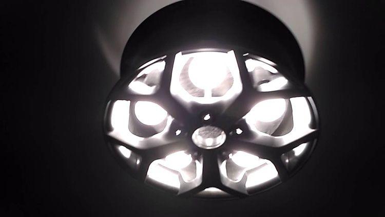 Как вам такая лампа в стиле хай-тэк?