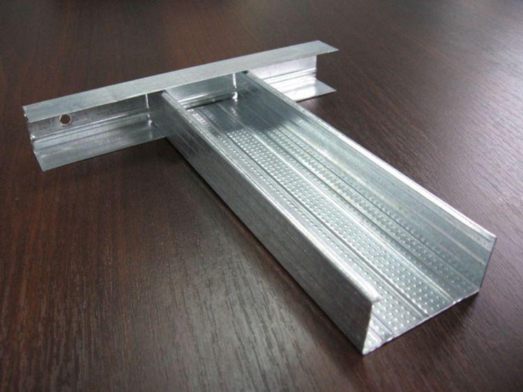 Пример соединения потолочного и потолочного направляющего