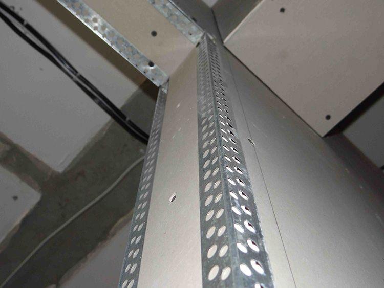Углы защищены от механического повреждения