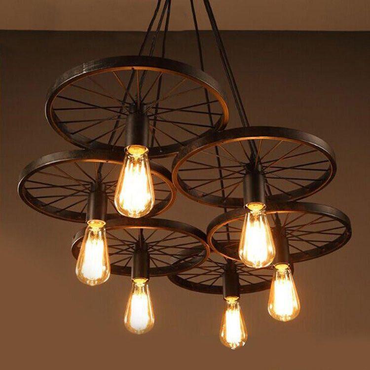 Люстра из велосипедных ободов с лампами Эдисона