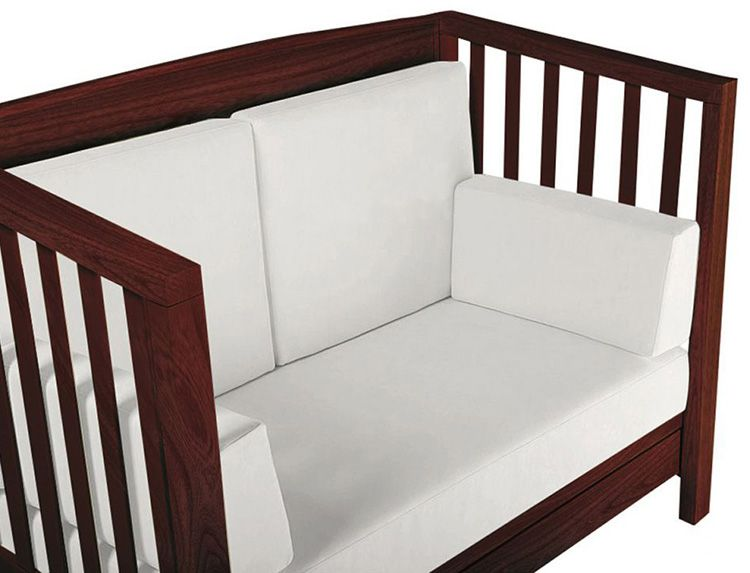 Диванчик из детской кровати