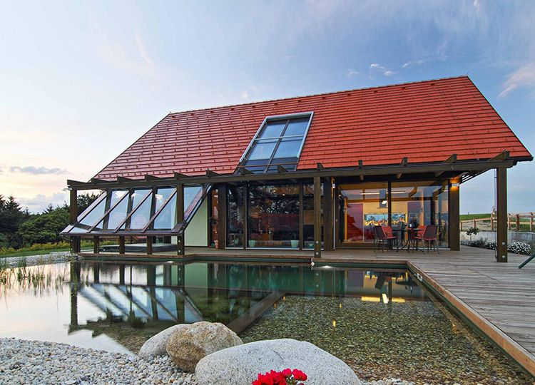 Фахверк из стекла пользуется большой популярностью в скандинавских странах – это свидетельствует о том, что подобные дома пригодны для проживания при температурах и - 20°С, и - 40°С