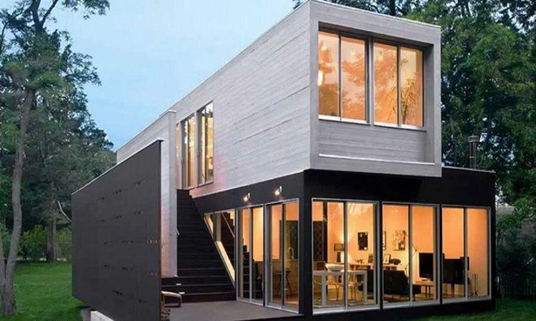 Двухэтажный загородный дом, изготовленный с использованием контейнеров