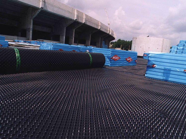 Пример качественного и надежного дренажа – полотно «Изостуд» от компании ТеМа
