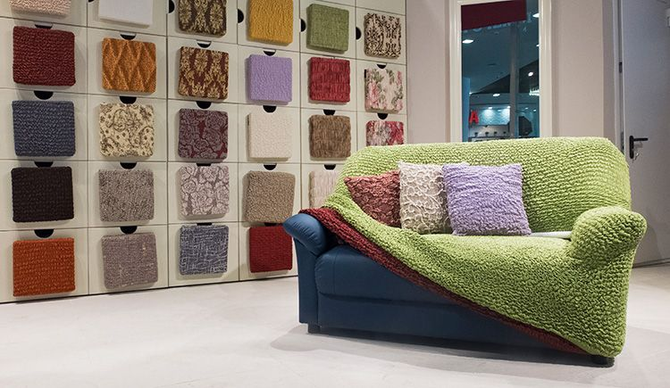 Главное преимущество еврочехлов в том, что их можно подобрать практически на любую мебель.