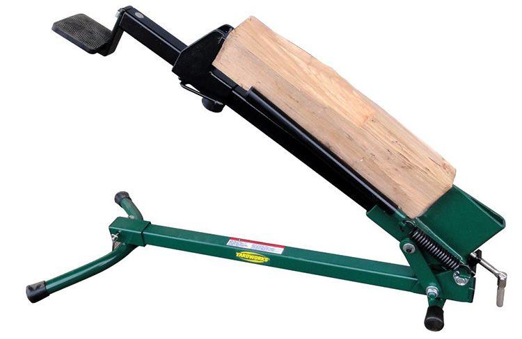 Колоть дрова с помощью простого и компактного механизма – одно удовольствие