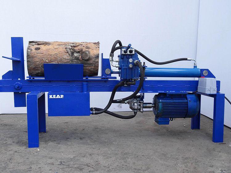 Работающий от розетки механизм не производит выхлопных газов, не требует постоянного техобслуживания