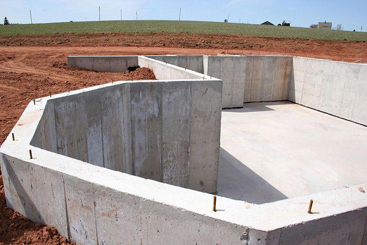 Конфигурация основания зависит от конструктивных особенностей здания