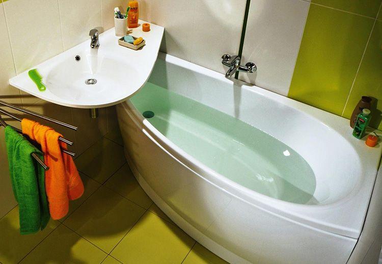 Акриловая ванна стоит дешевле чугунной