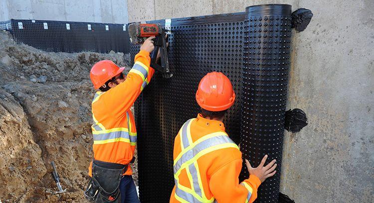 Без защиты от влаги сроки эксплуатации конструкций значительно сокращаются