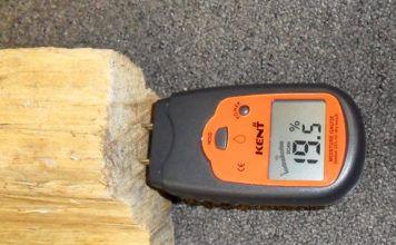 Для тех, кто строит деревянный дом: зачем нужны влагомеры для древесины и как их использовать