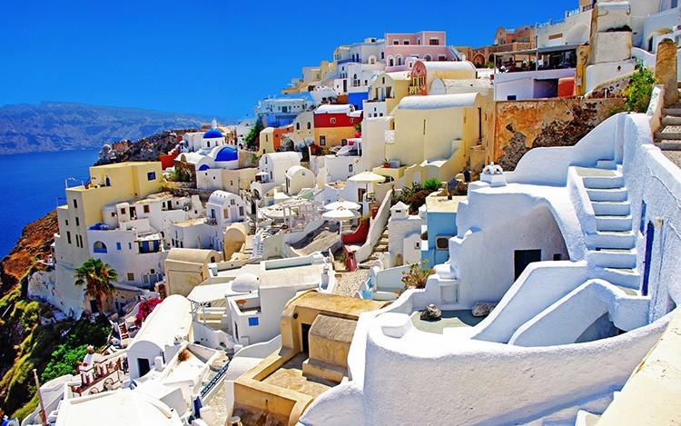 Глядя на это фото, сразу можно понять, что такое средиземноморский стиль