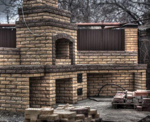 Мангал с крышей: украшение участка и соло дачных вечеринок