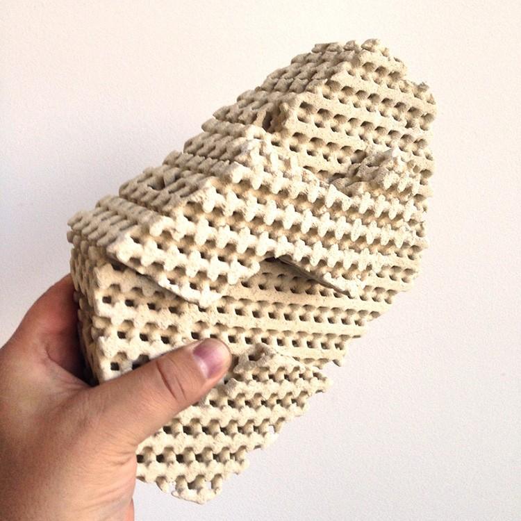 Сложная структура блоков позволяет им взаимодействовать с потоком воздуха и конденсирующейся влагой