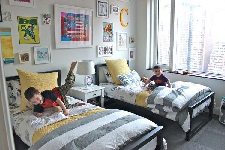 Интерьер детской для двух маленьких братьев