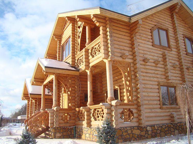 Эта форма позволяет быстро и качественно строить дома без подбора элементов и брака