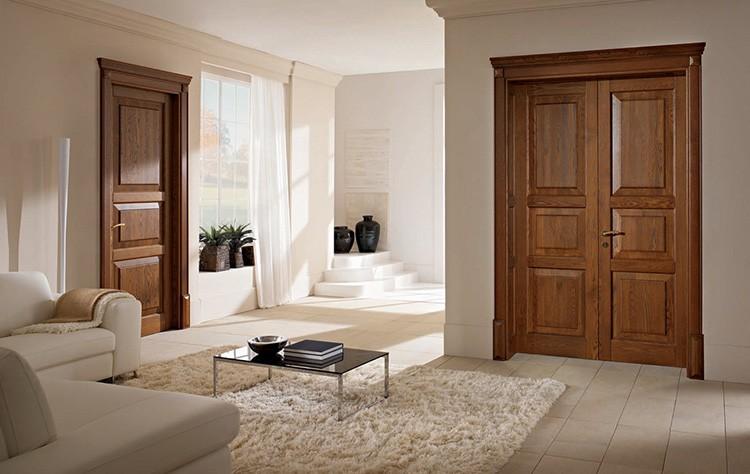 Внешний вид двери зависит от используемой древесины