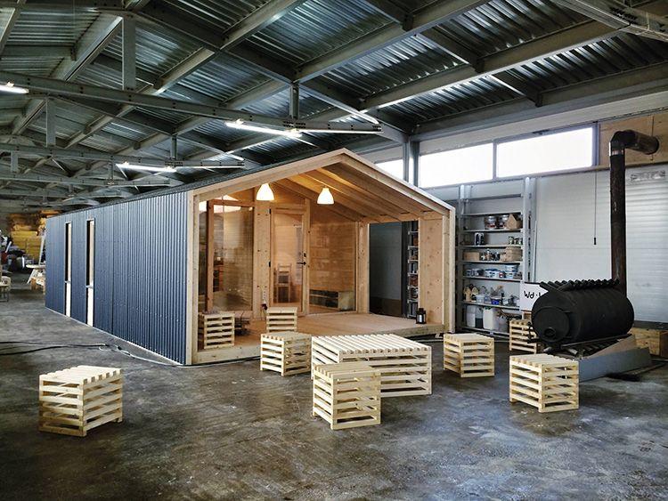 Так что, если модульный дом правильно установлен и собран, полвека он будет точно вам служить. Доказательство тому – зарубежный опыт, в том числе в северных регионах – Норвегии, Финляндии и Швеции