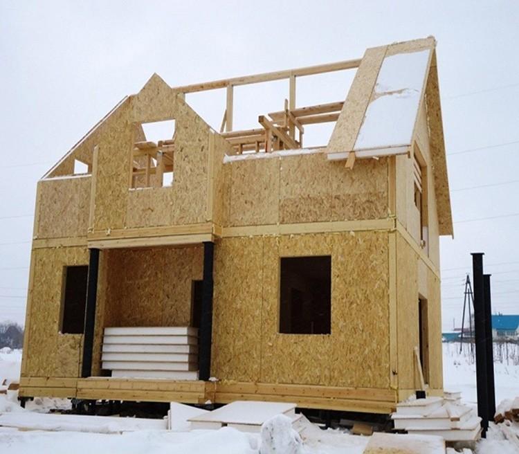 Для северных регионов стоит выбрать материал потолще