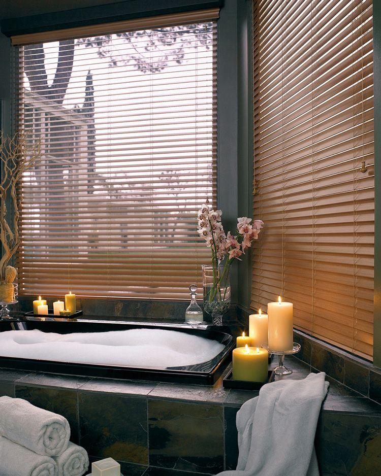 Пластиковое изделия – оптимально для ванной комнаты