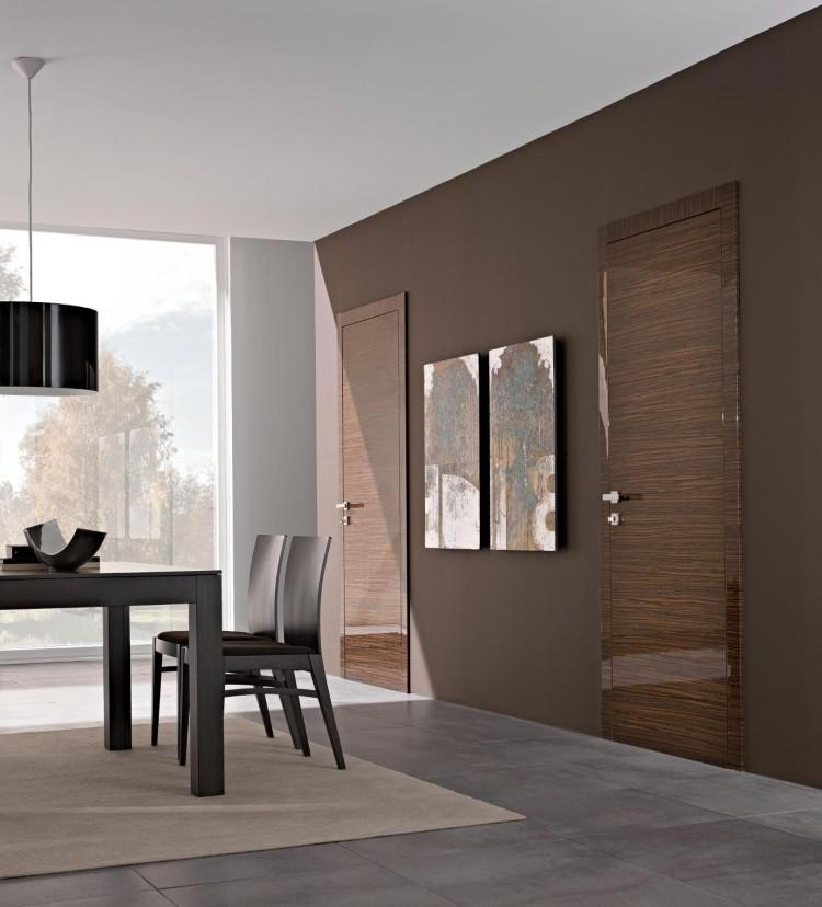 Глянцевые двери – идеальное решение для многих помещений